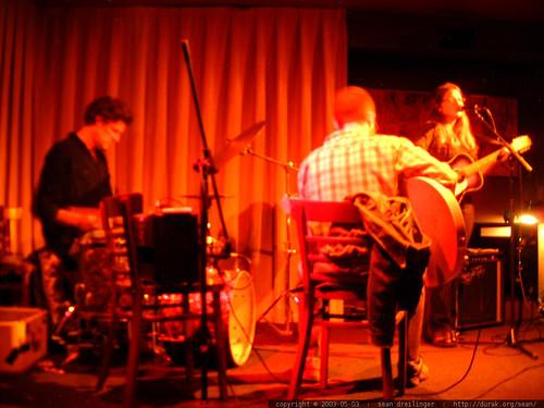 jolie holland live at hemlock tavern   dscf4721