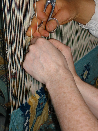 Weaving carpets