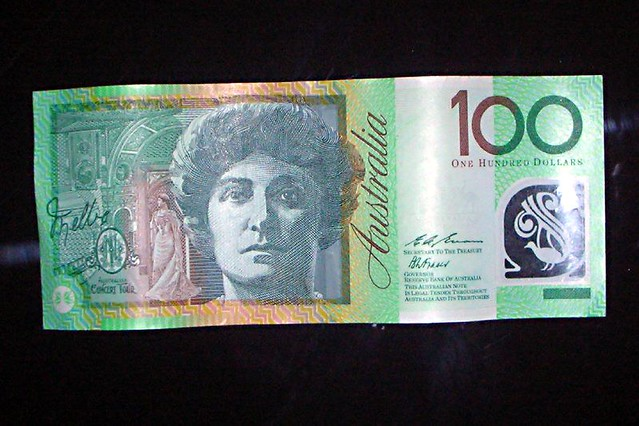 Australian 100 Dollar Bill 2 | Explore RobertRa's photos ...