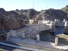 quarry(0.0), dam(1.0), reservoir(1.0), construction(1.0), infrastructure(1.0), bridge(1.0),