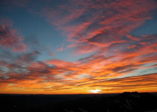 sunset panorama argentina clouds sunrise trekking atardecer backpacking andes montaña cordillera montañas volcanes volcan mountainsandes cordilleradelosandes