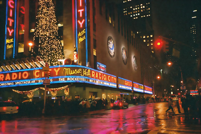 Radio City Music Hall in New York City - Flickr CC vipeldo