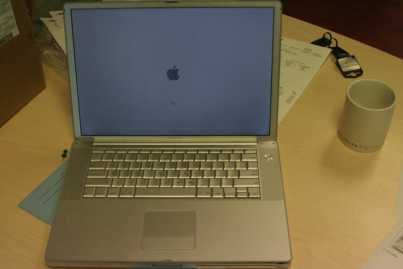 """New"" Powerbook Booting Up"