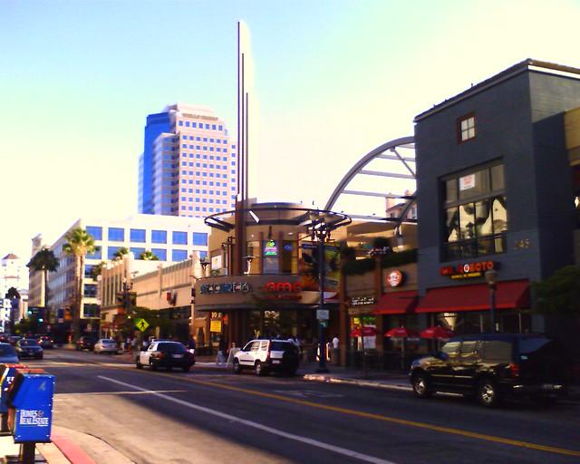 Amc Long Beach Towne Center Showtimes