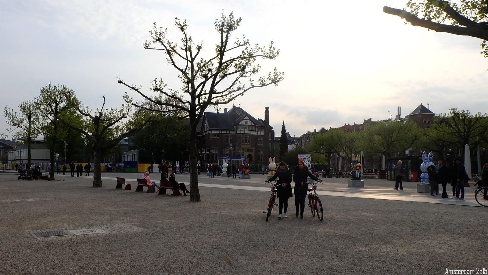 Museumplein, Amsterdam, Nederland