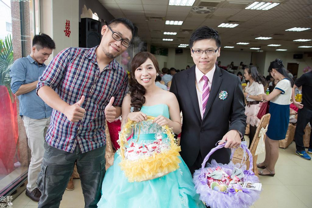 婚禮紀錄-高雄-展誠&鳳綿-文定午宴 X 吉喜海鮮餐廳 (91)