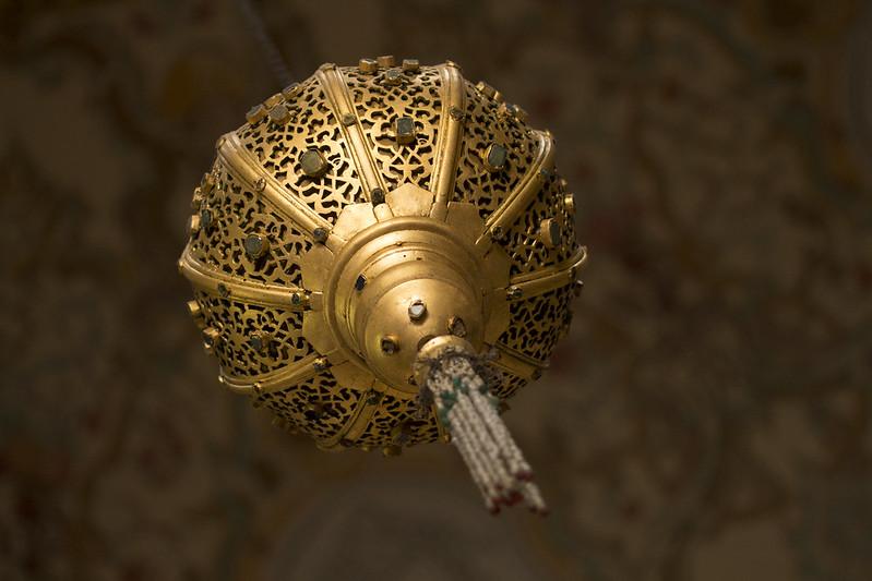 Lamp in Topkapi Palace