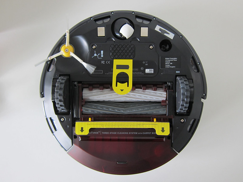 iRobot Roomba 980 - Bottom