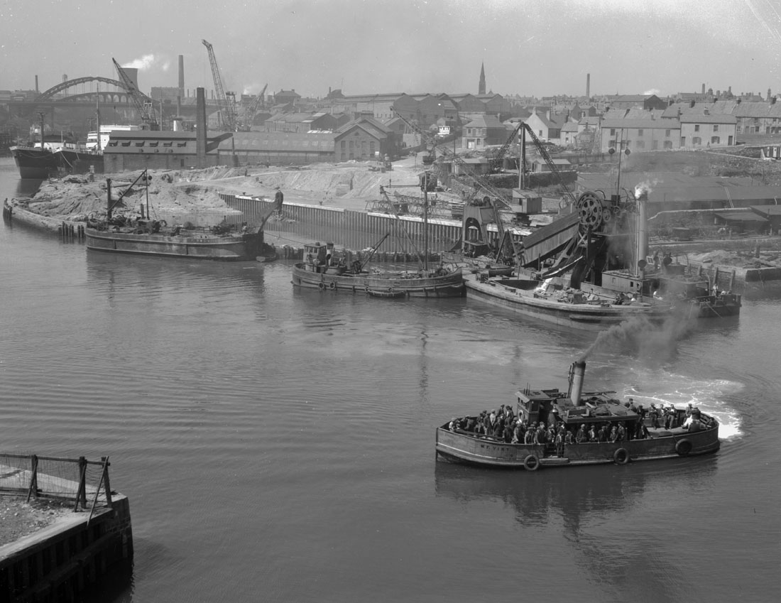 Dredging in progress at Folly End, Sunderland