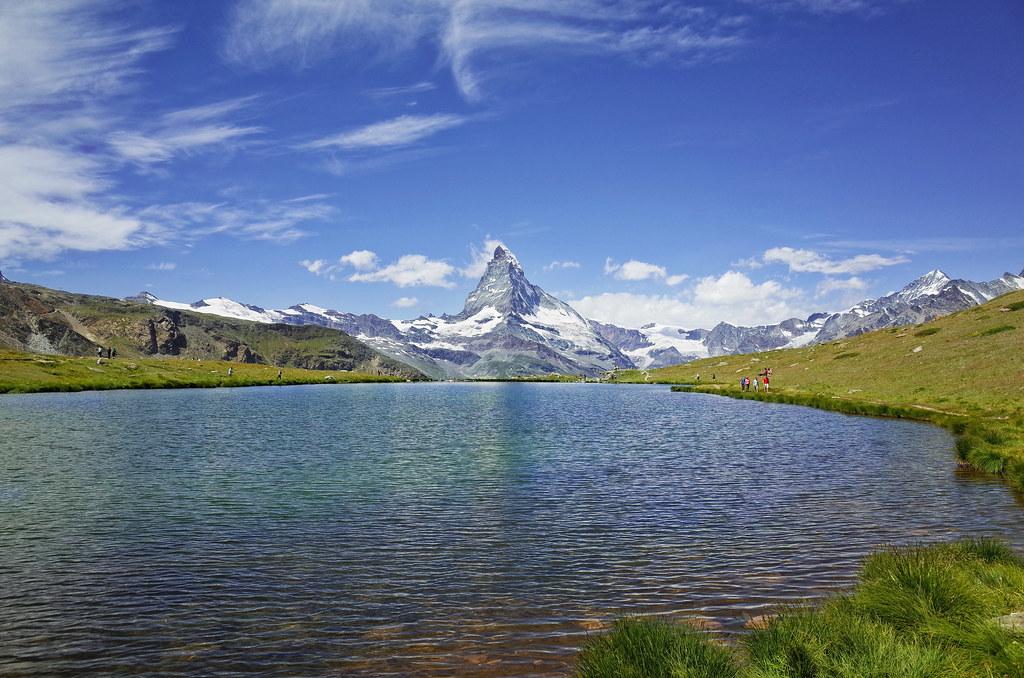 Lake Stelli and Matterhorn