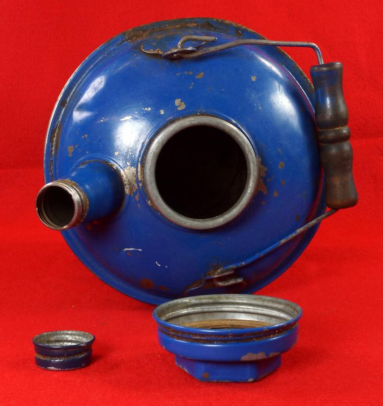 RD7979 Vintage Original Eagle Welded 24 Gauge Steel Blue 1 Gallon Oil Can DSC08052