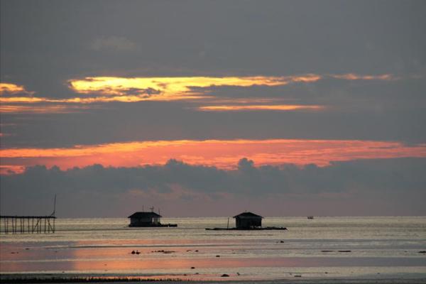 Sunrise Teluk Sulaiman
