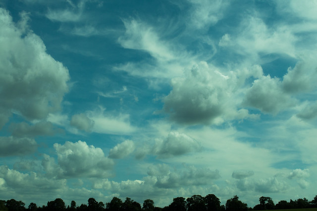 20150704-04_Big Blue Sky-Fluffy White Swirly Clouds near Rugby