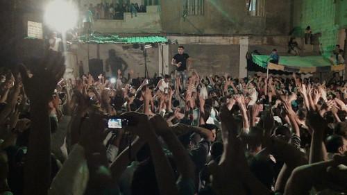 映画『それでも僕は帰る ~シリア 若者たちが求め続けたふるさと~』より