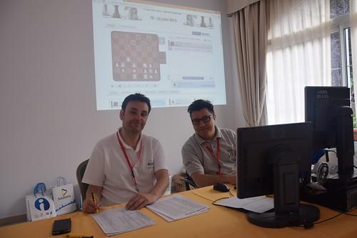 Oscar de la Riva i Josep A. Rivero, organització