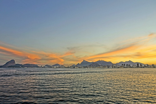 sunset brazil latinamerica americalatina rio brasil riodejaneiro atardecer mar pôrdosol panoramica latinoamerica puestadesol 日落 carioca sudamerica americadosul 美国 巴西 americadelsur 傍晚 南美洲 sonyalpha 里约热内卢 brazilcom sonyalpha5100 camarasevil