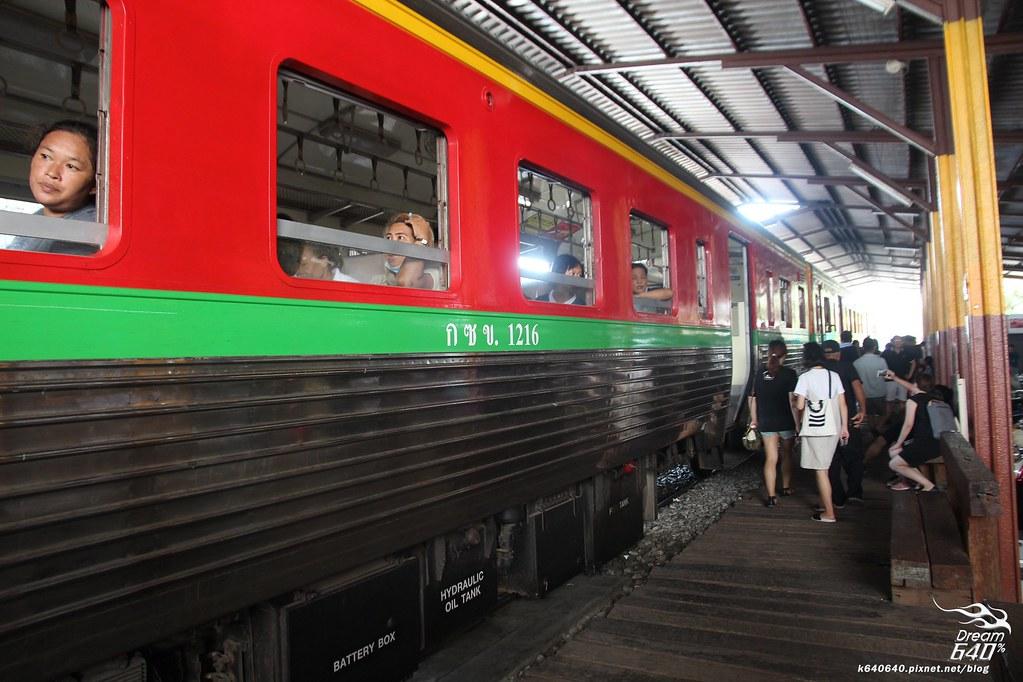 泰國曼谷-水上市場+美功鐵道市集+河濱夜市-63