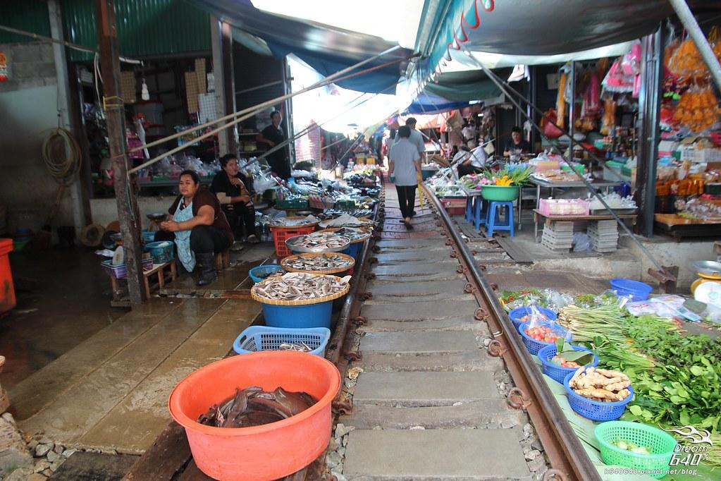 泰國曼谷-水上市場+美功鐵道市集+河濱夜市-59