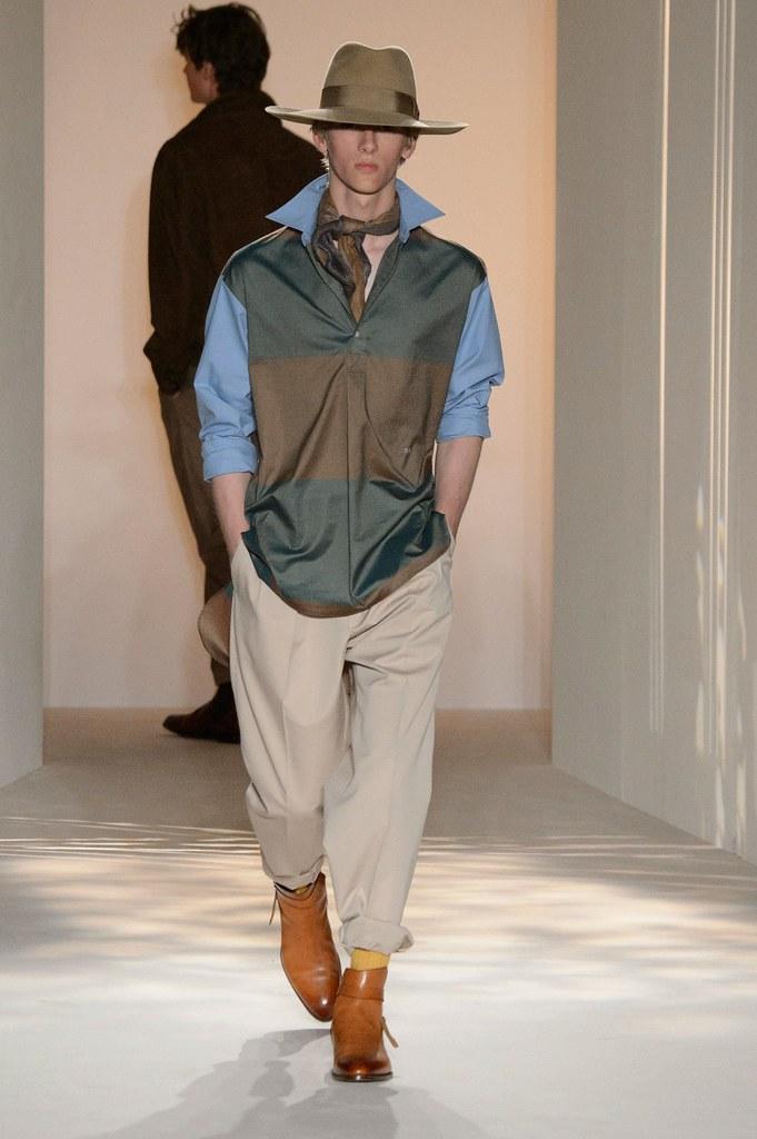 Dominik Sadoch3310_SS16 London Dunhill(fashionising.com)