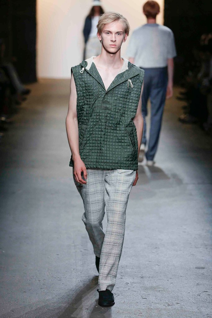 Dominik Sadoch3426_SS16 NY Billy Reid(fashionising.com)