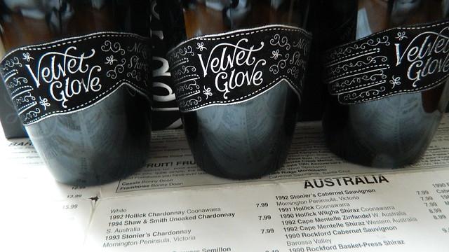 MOLLYDOOKER 'Velvet Glove' Shiraz Vertical 2010,2011,2012 w/ Velvet Labelling!