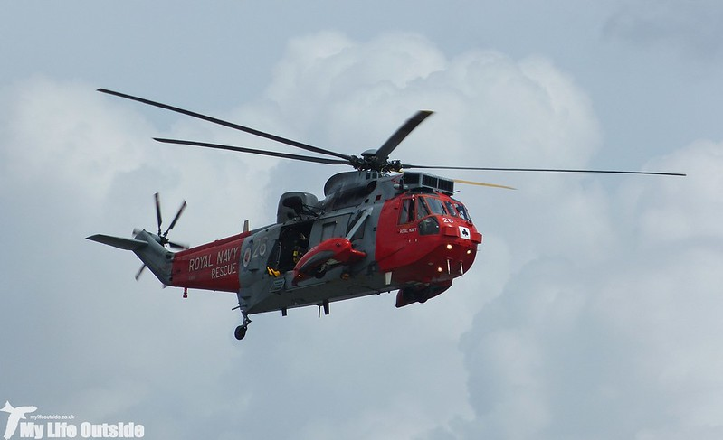 P1140085 - Sea King, Swansea Bay