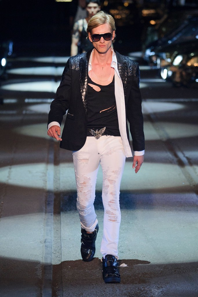 Paul Boche3692_ SS16 Paris Philipp Plein(fashionising.com)