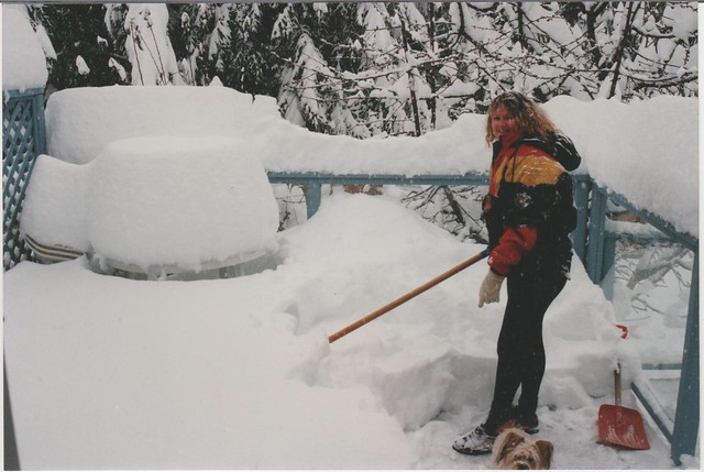 Digging out in Nanaimo. Photo by Kurt Seidel