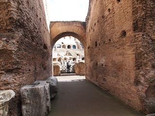 صورة Colosseum قرب Roma Capitale. trip20170208 rzym roma muzeumwatykańskie colosseum geo:lon=12491631 geo:lat=41890169
