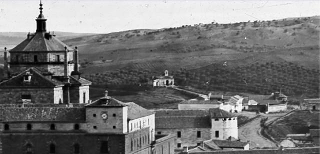La fotografía más antigua de la ermita de San Antón en Toledo. Detalle de una fotografía de Alfonso Begue tomada en 1864.