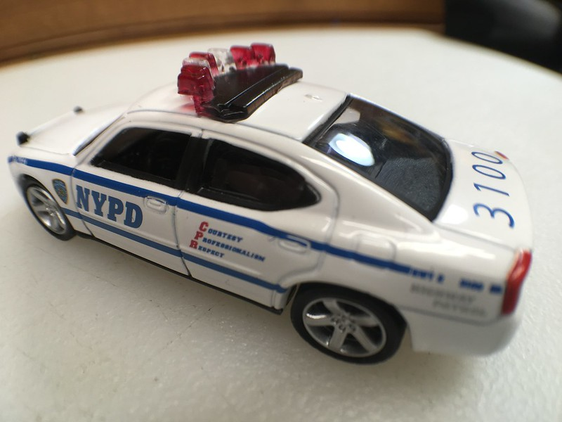 dating nypd Dating a cop, and especially being married to a cop takes courage just as it takes a special and strong kind of person to be in law enforcement, it takes a certain someone to handle the pressures of being in a relationship with a man or woman who wears a badge.