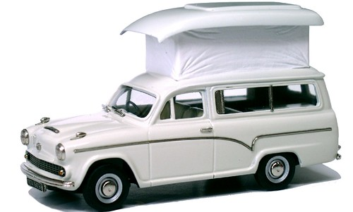 21 Lansdowne Austin 55 caravan