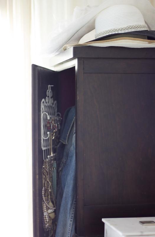 7.7.15_Master Bedroom_04