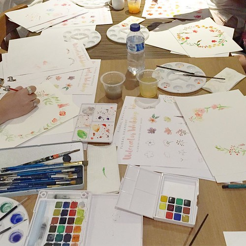 Yesterday class!!! I don't think they need class, really. Everyone turns out to be an expert ❤ we were using Sakura Koi watercolor paint.  #watercolor #watercolorclass #workshop #workshopindonesia #paper #paint #brush #handmade #diy