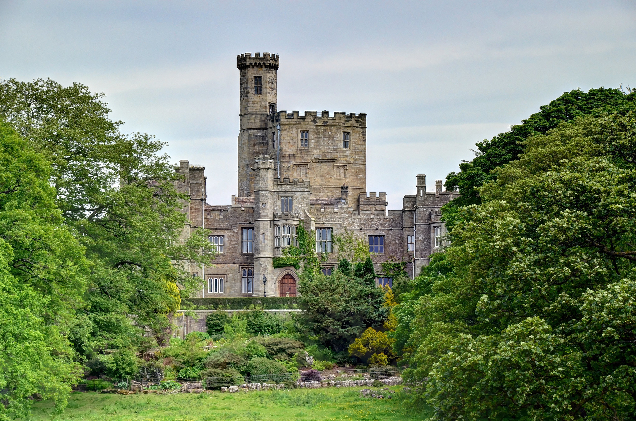 Hornby Castle, Hornby, Lancashire