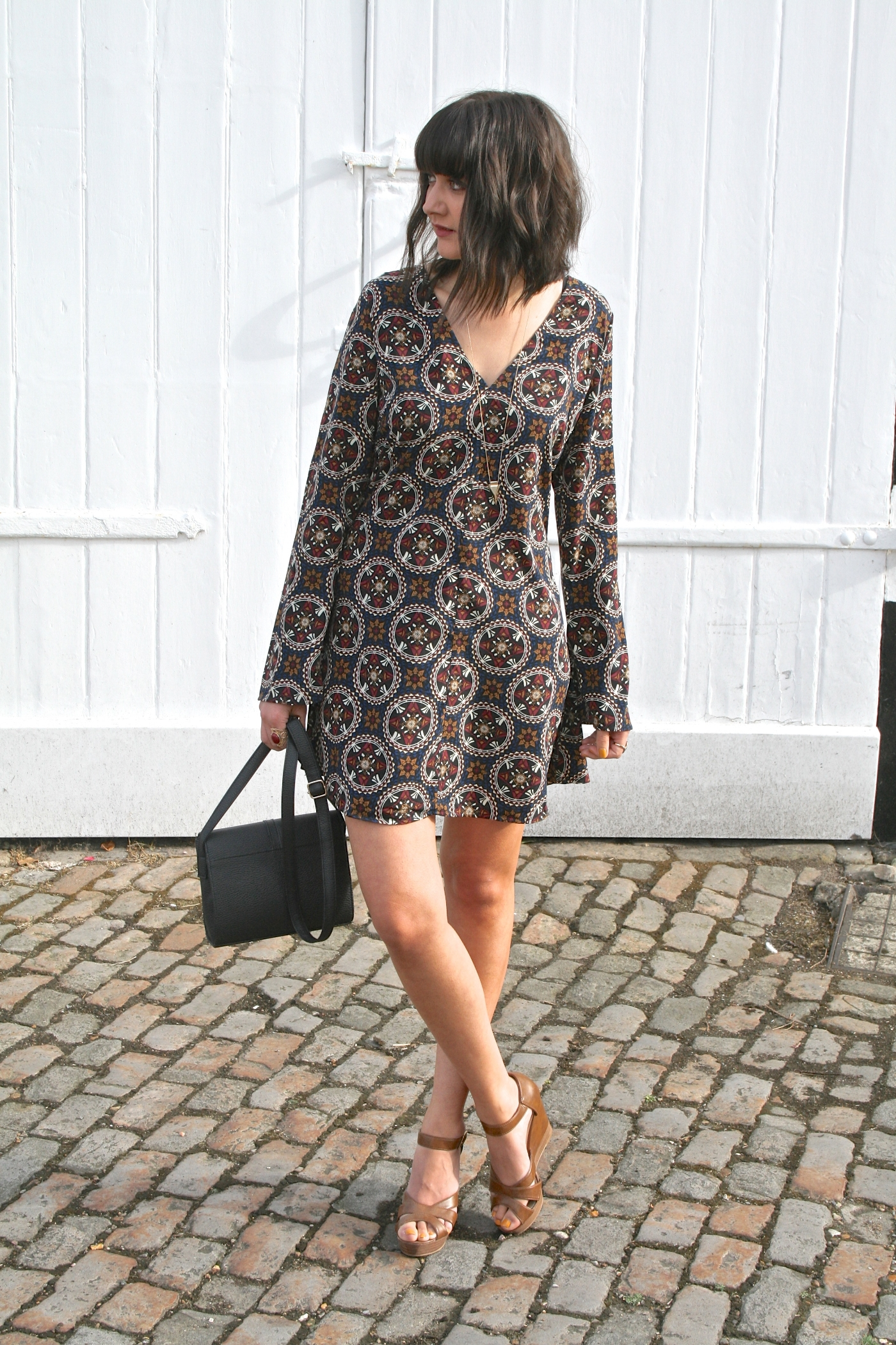 boohoo bell sleeve dress
