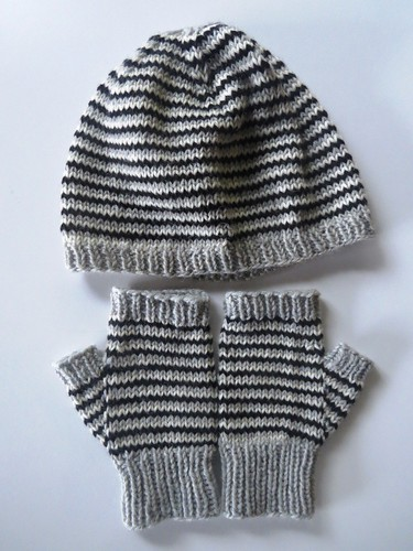 Helix Hat and Mitts