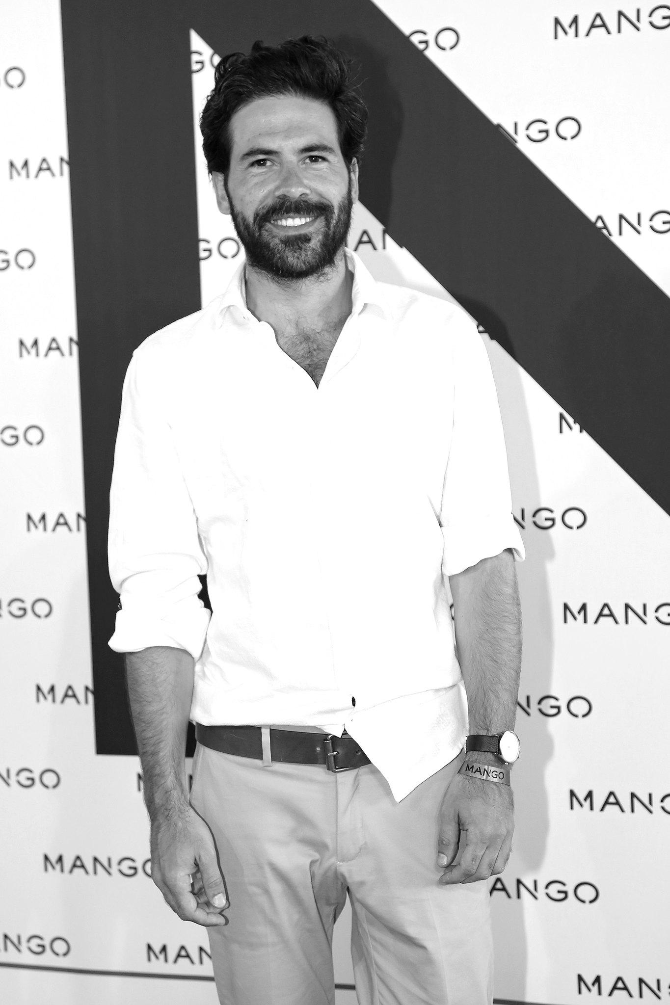 _miguel_carrizo_mango_fashion_show_photo_call_