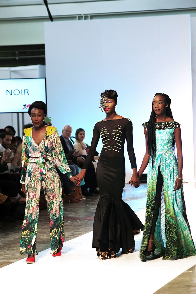Noir-fashion-show-at-AFW15