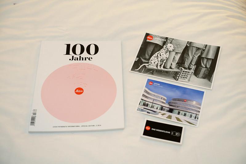 Leica 100 週年雜誌和名信片