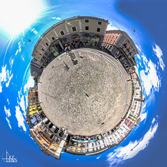 Piazza Planet