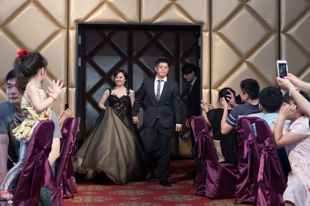 婚禮攝影-高雄-晚宴-士元&馨予 X 享溫馨囍宴會館  (29)