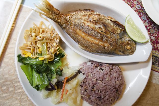 肉魚 at 羽庭小屋 (Yu Ting)