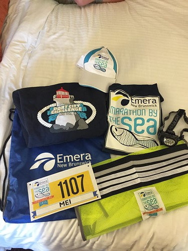 Mei's Marathon by the Sea race kit.