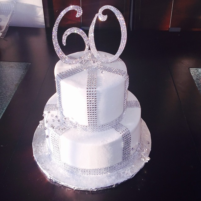 60th Birthday Bling And White Buttercream Cake Nicolescakesmi