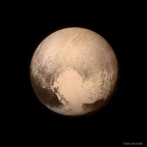 VCSE - Mai kép - Pluto