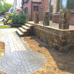 Some Landscaping & Custom Travertine Caps & our Stonework project is a wrap! Only by www.stonecreationsoflongisland.net  #custom #stonework #quartzite #granite #masonry #pros #cambridgepavers #landscapedesigns #landscapelighting #nyc #brooklyn #queens