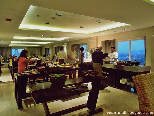 The Marriott Hotel - Executive Lounge (7)