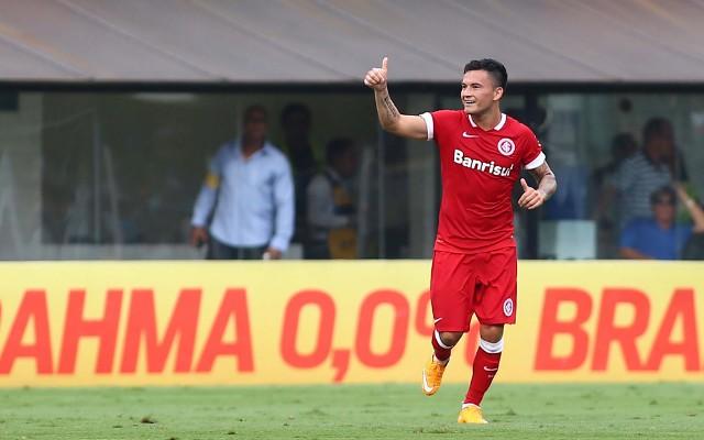 Inter aceita oferta de ingleses e Ar�nguiz deve deixar o Colorado