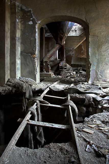 inside the concrete factory